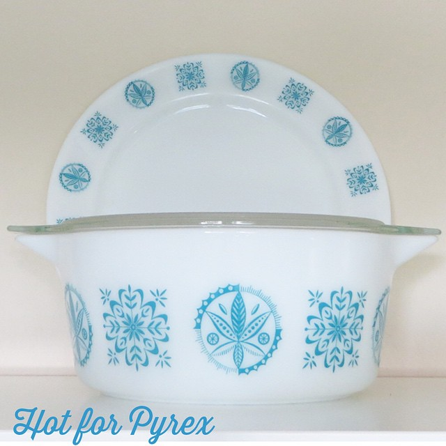 Day 10 of 100 - 475 Turquoise Hex with underplate. The matching lid to this piece has of yet eluded me, but a few have surfaced. Hopefully, I will one day be able to complete my set. #100hfp #htfpyrex #hotforpyrex #cmog #vintagepyrex #rarepyrex #instagood