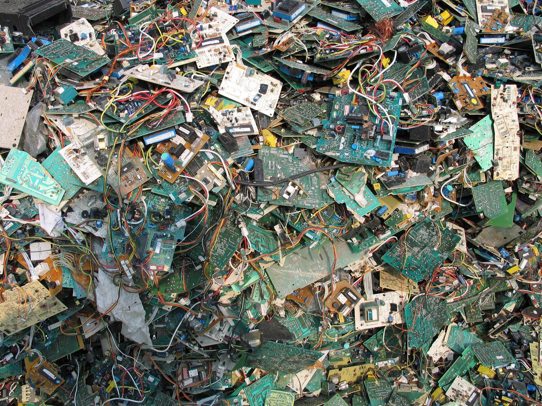 Electronics Stewardship Basel Action Network Recycledcircuitboardlamp1ajpg 9260666963 080725332f K