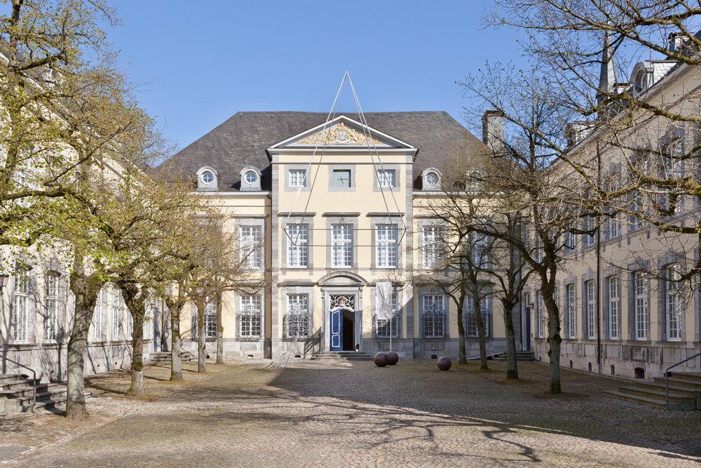 KNRW - Kunsthaus NRW Kornelimünster, Aussenansicht 2015 (c) KNRW - Foto Carl Brunn.jpg