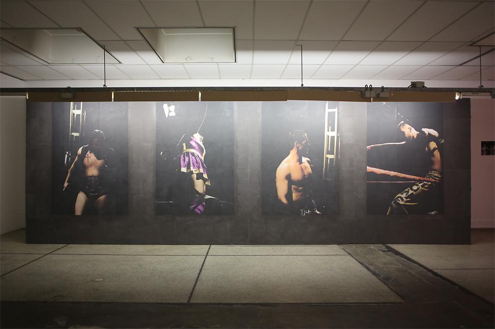 B32 - Topless - Pola Sieverding, Installationsansicht 2015 (c) Foto Ben Kaufmann.jpg