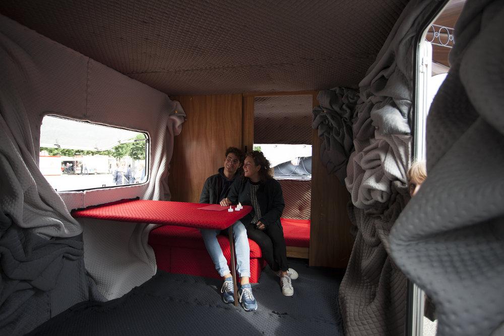 BohV15 - Anke Bos, Nathan Klein, Don Possen - Droom Hut, Huis, Thuis 02 (c) The Artist - Foto Ivd Brekel.jpg