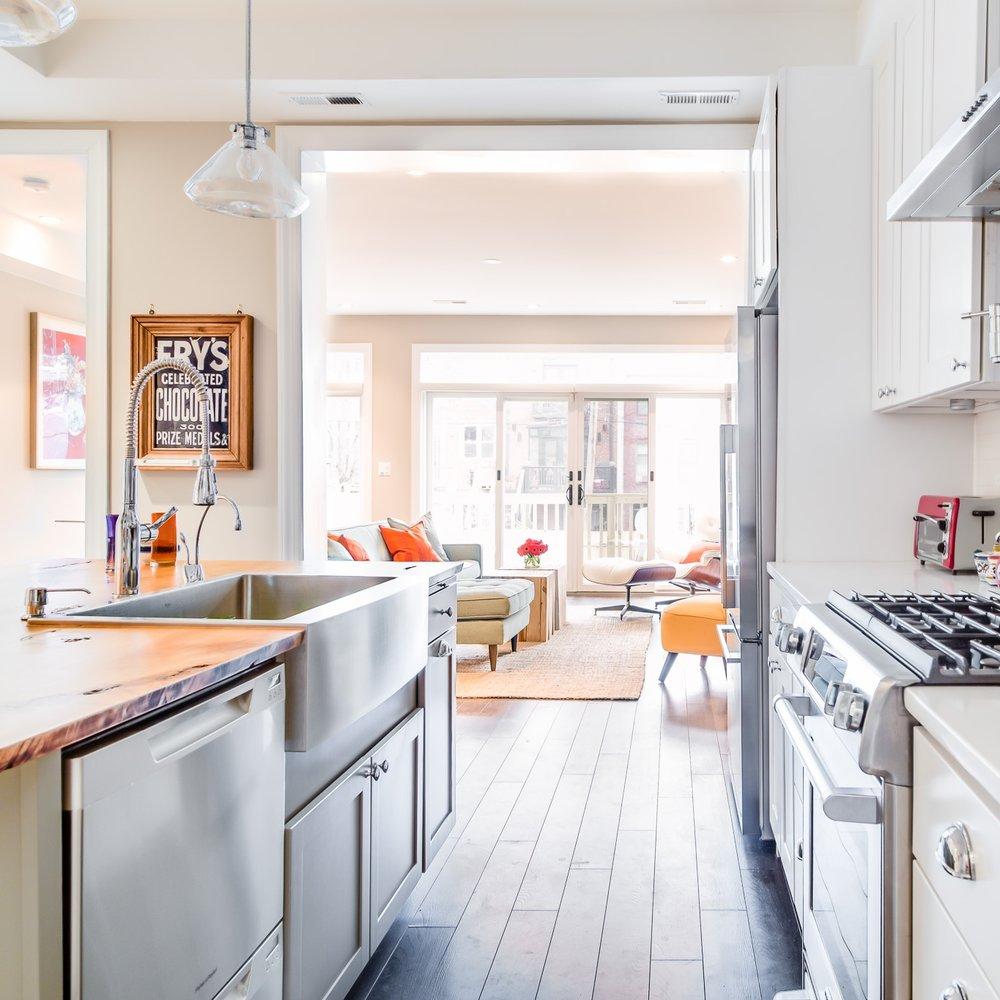 Kitchen DC interior decorator, Kerra Michele Interiors
