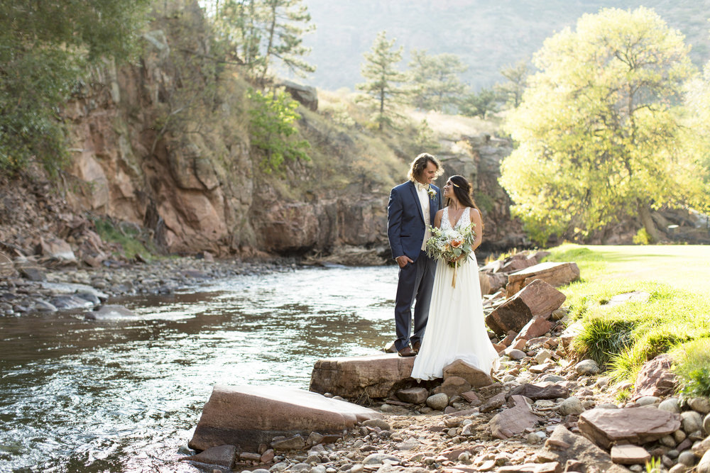 Rocky Mountain Bride- Emma Lea Floral- Colorado Wedding- Jessi & Zach