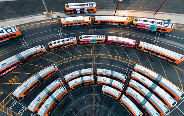 The circle of 🚌 life. ▫️ #GoMetro #dronestagram