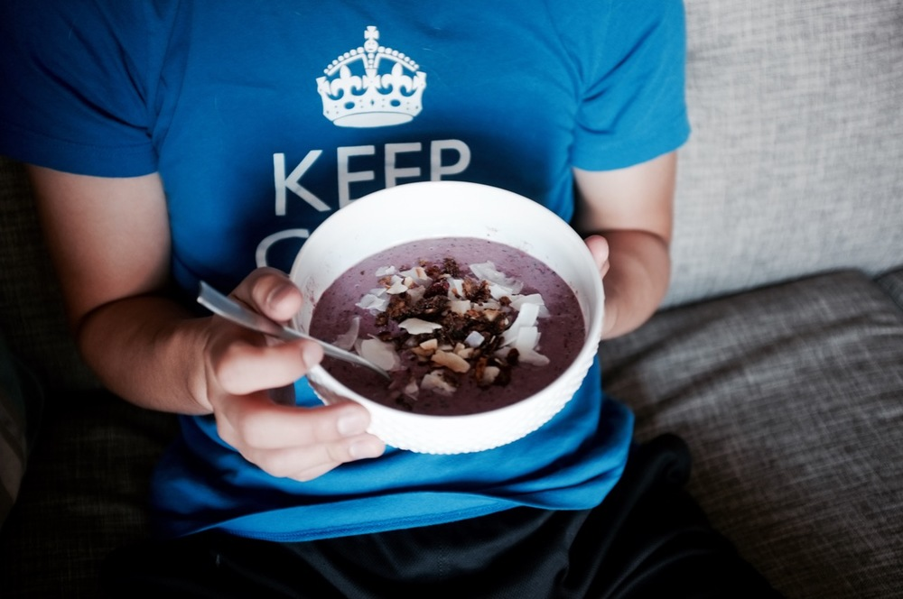 Berry Smoothie Bowl - Hill Reeves