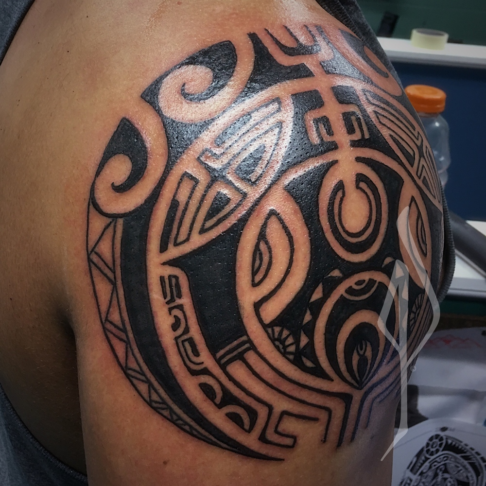 Freehand Polynesian Tribal Shoulder Cap Tattoo by Jon Poulson - Aloha Salt Lake Tattoos