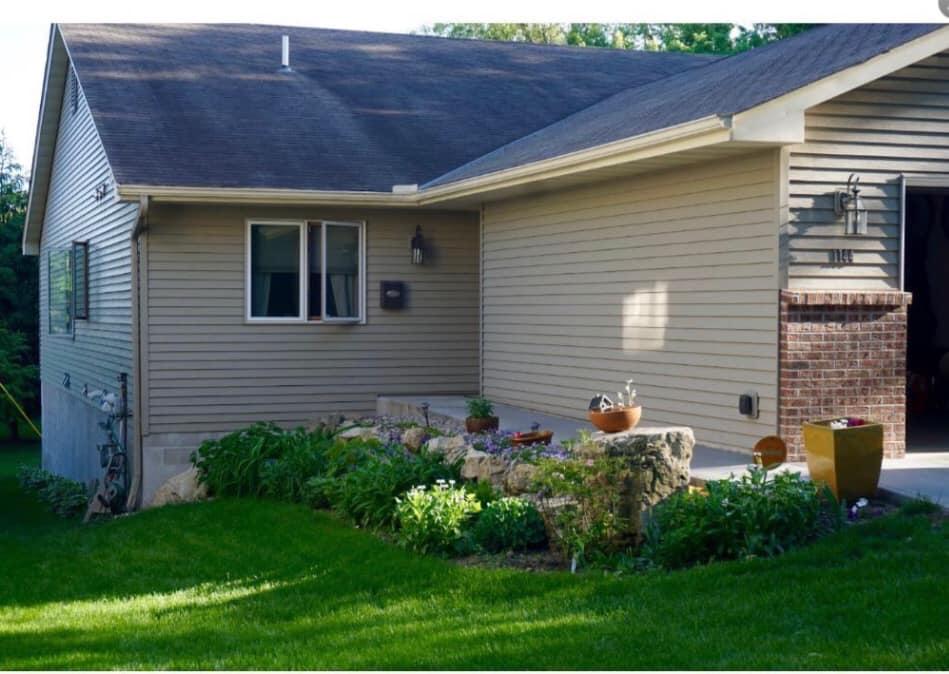 SusanG yard and house.jpg