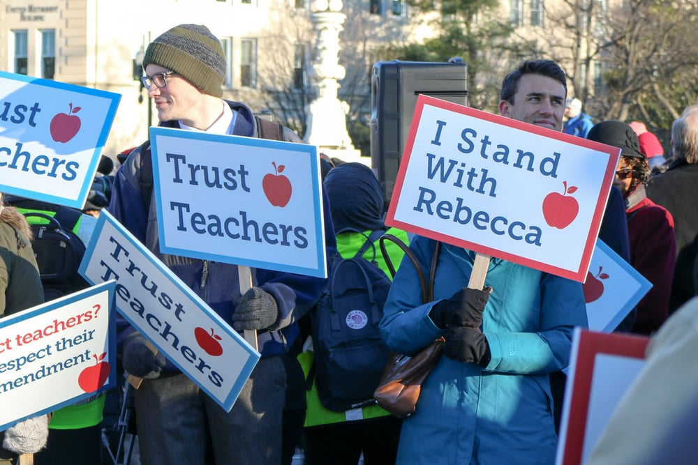 Some teachers challenge mandatory union fees in California