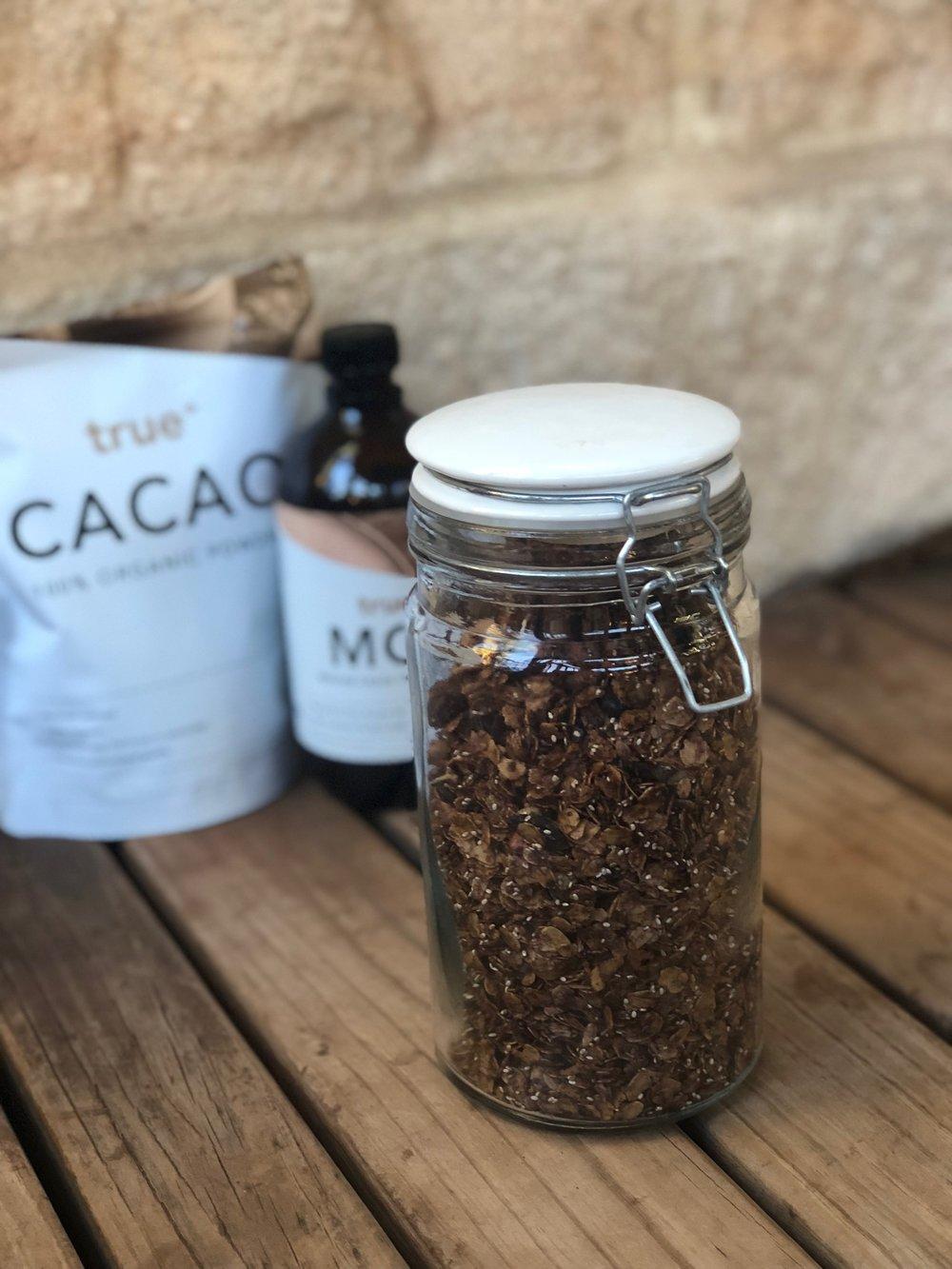 cacao granola3.jpg