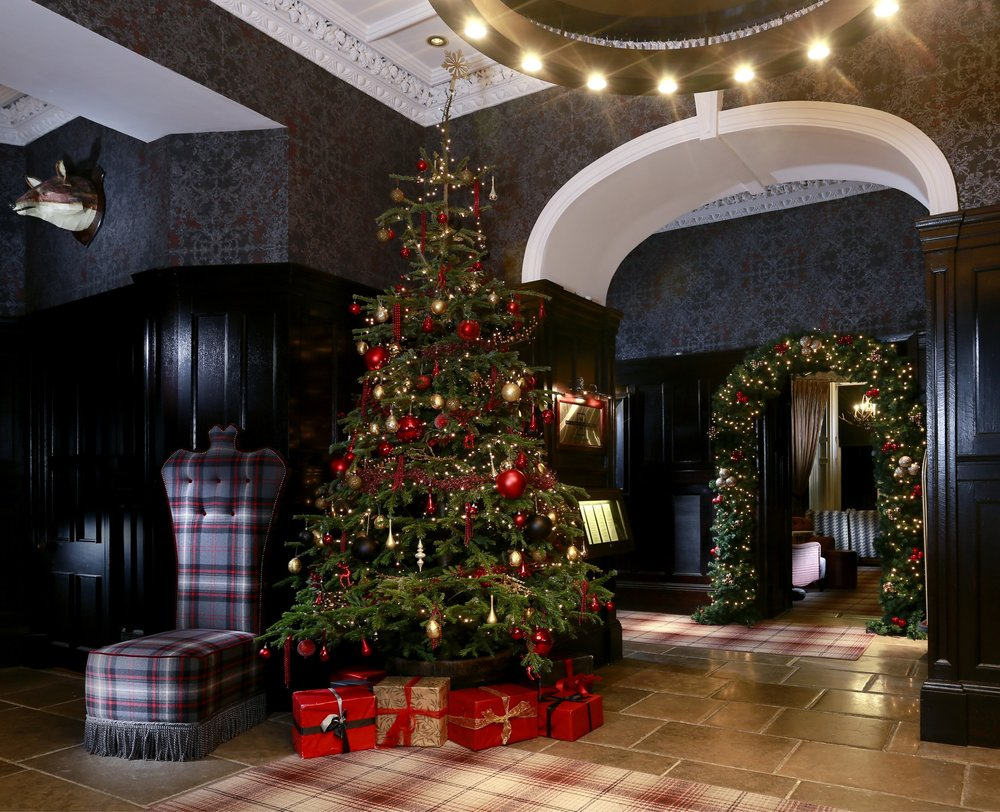 Deck the Halls at Cameron House.jpg