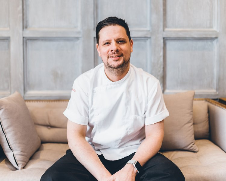 Rising scottish chef chris niven to launch the scotsman grand caf hotly tipped scottish chef and masterchef the professionals knockout week finalist chris niven has been unveiled as executive head chef of the scotsman malvernweather Choice Image