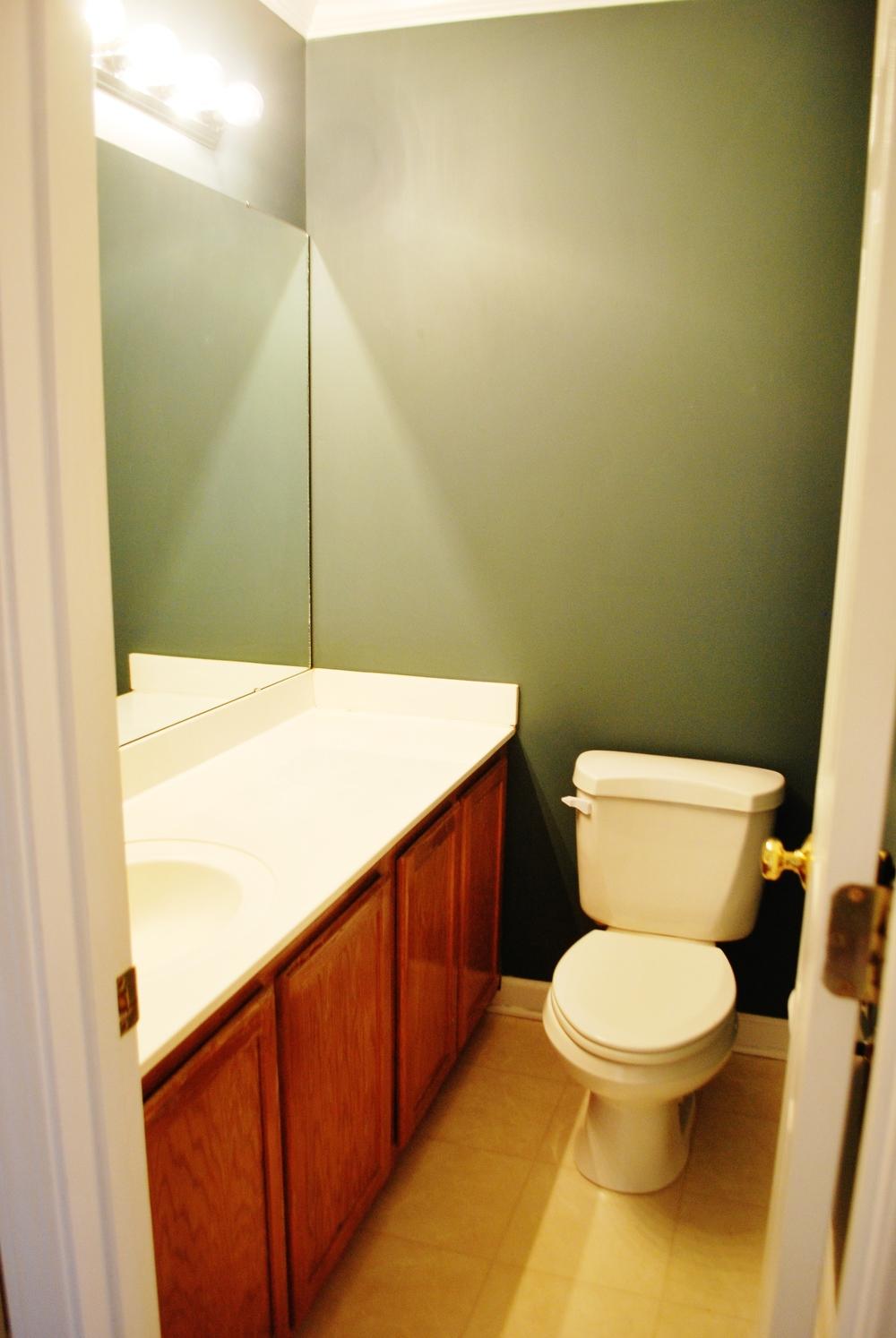 How To Transform Your Builder Basic Half Bath A Simple Fresh Bathroom Makeover