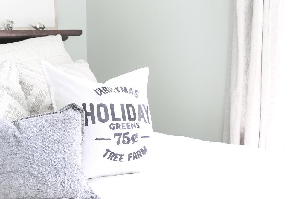 Christmas Home Tour- Guest Bedroom Christmas Decor- Christmas Tree Farm Pillow- Plum Pretty Decor and Design