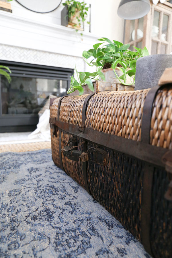 Antique Trunk Coffee Table with a Modern Farmhouse Vibe- Spring living room refresh with HomeGoods by Plum Pretty Decor & Design