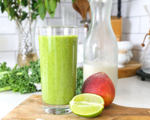 Green_Healthy_Citrus_Peach_Smoothie_Recipe_Image_Web.jpg