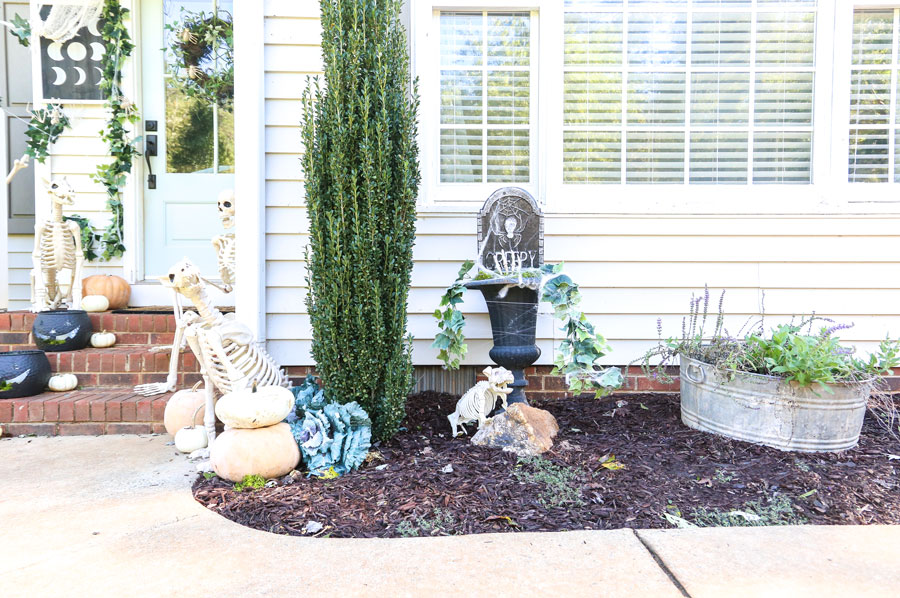 DIY Halloween Creeper Planter with Joann by Plum Pretty Decor and Design.