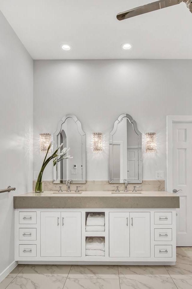 PH - Transitional Aspen Bathroom - Sinks - 10.30.17.jpg