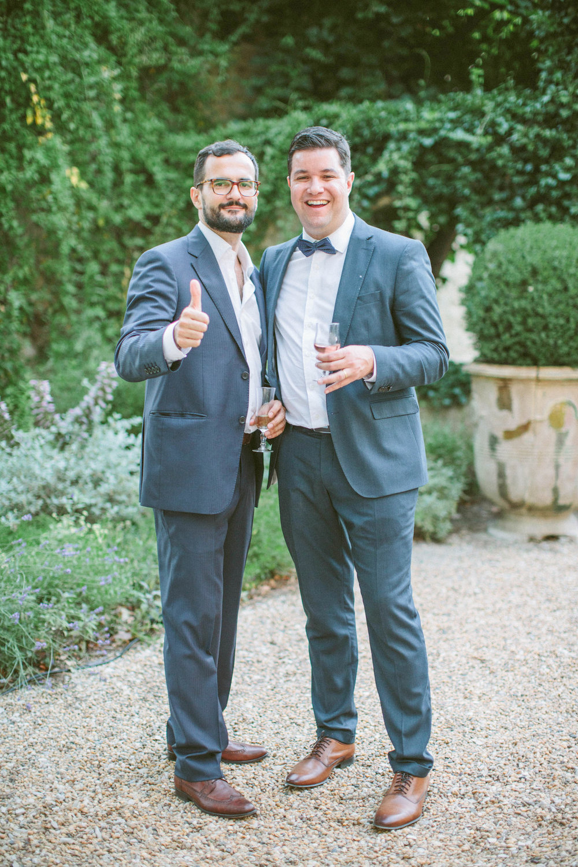wedding-carolina-&-joao-lourmarin-cocktail-guest-suit-love-ceremony-provence-luxury-romantic-elegant-wedding-photographer-photographe-mariage-©-saya-photography-studio-ohlala-
