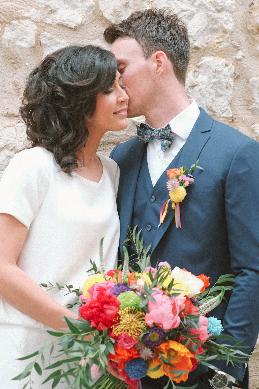 elopement-colorful-©-saya-photography-wedding-photographer-photographe-mariage-saint-paul-vence-rock-my-love-studio-ohlala-french-riviera-couple-session.jpg
