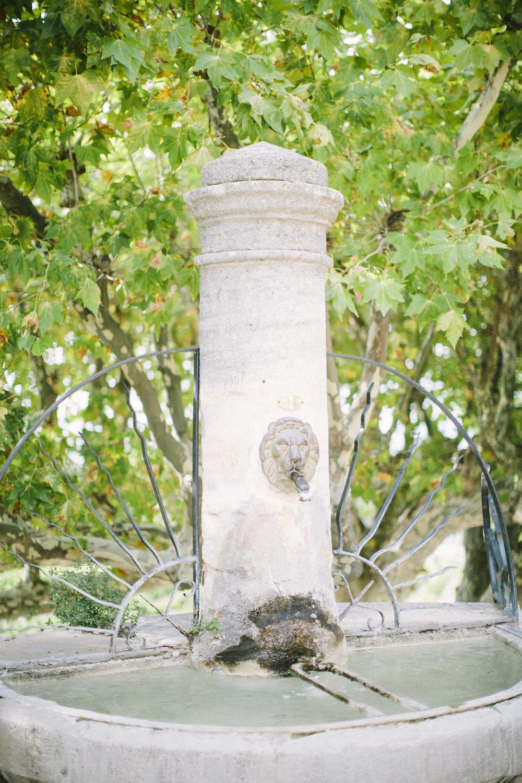 ©-saya-photography-studio-ohlala-wedding-photographer-photographe-mariage-chateau-de-la-tour-vaucros-avignon-10.jpg