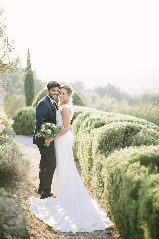 ©-saya-photography-studio-ohlala-wedding-photographer-photographe-mariage-chateau-de-la-tour-vaucros-avignon-212.jpg
