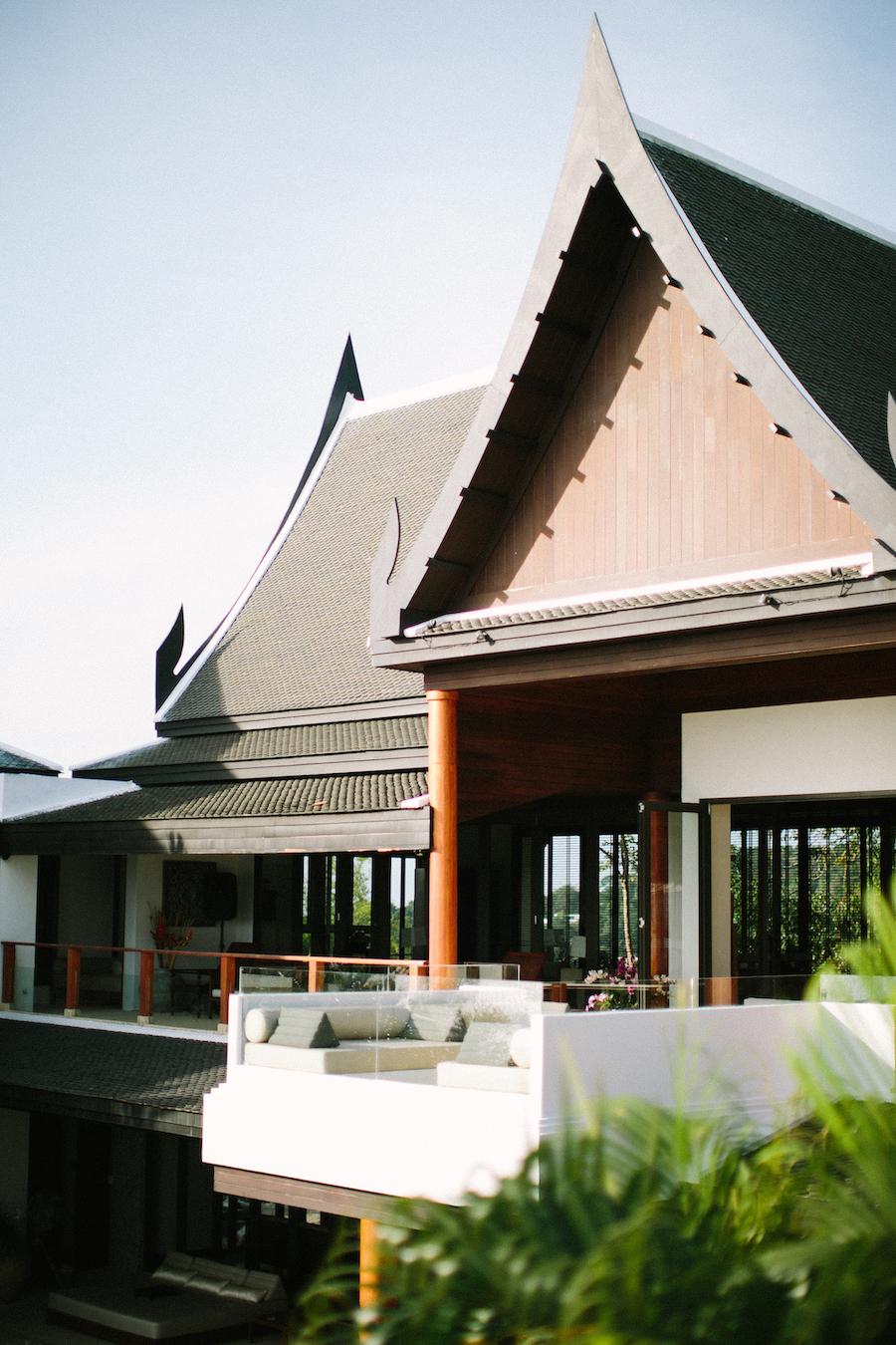 saya-photography-villa-aye-phuket-traditional-white-romantic-sea-view-15.jpg