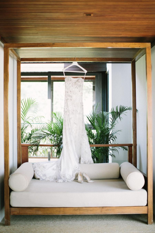 saya-photography-villa-aye-phuket-traditional-white-romantic-sea-view-24.jpg