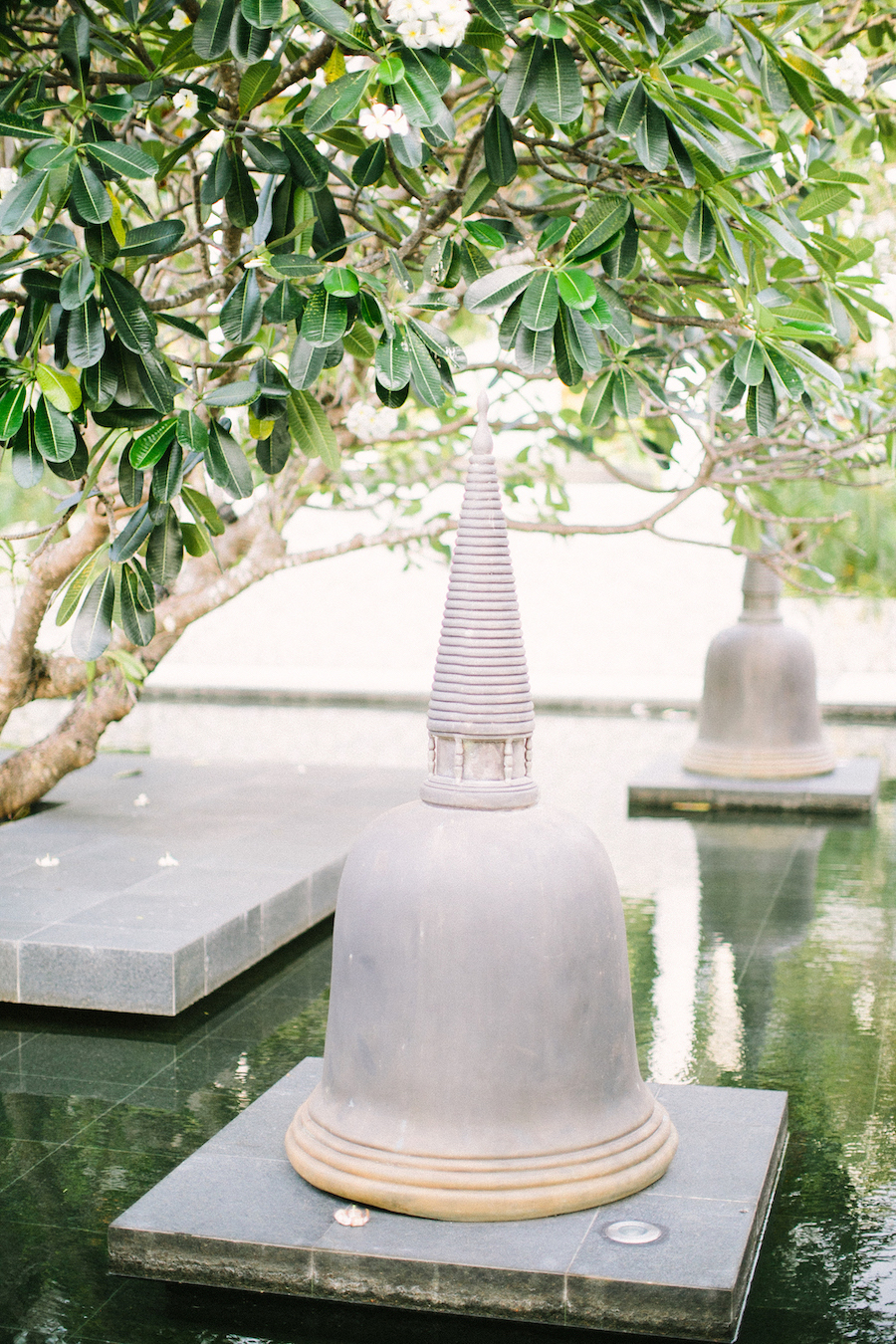 saya-photography-villa-aye-phuket-traditional-white-romantic-sea-view-23.jpg