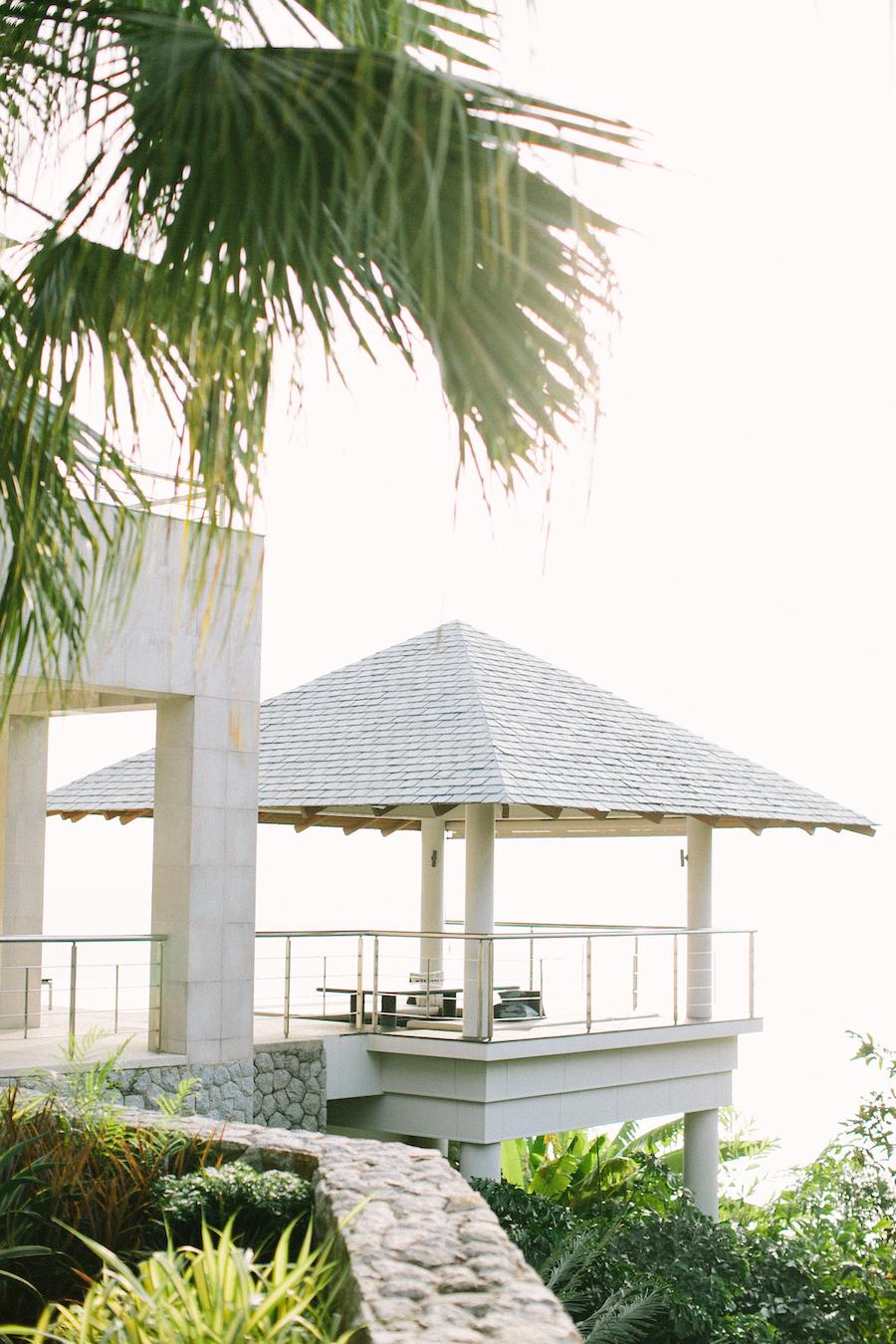 saya-photography-villa-aye-phuket-traditional-white-romantic-sea-view-22.jpg