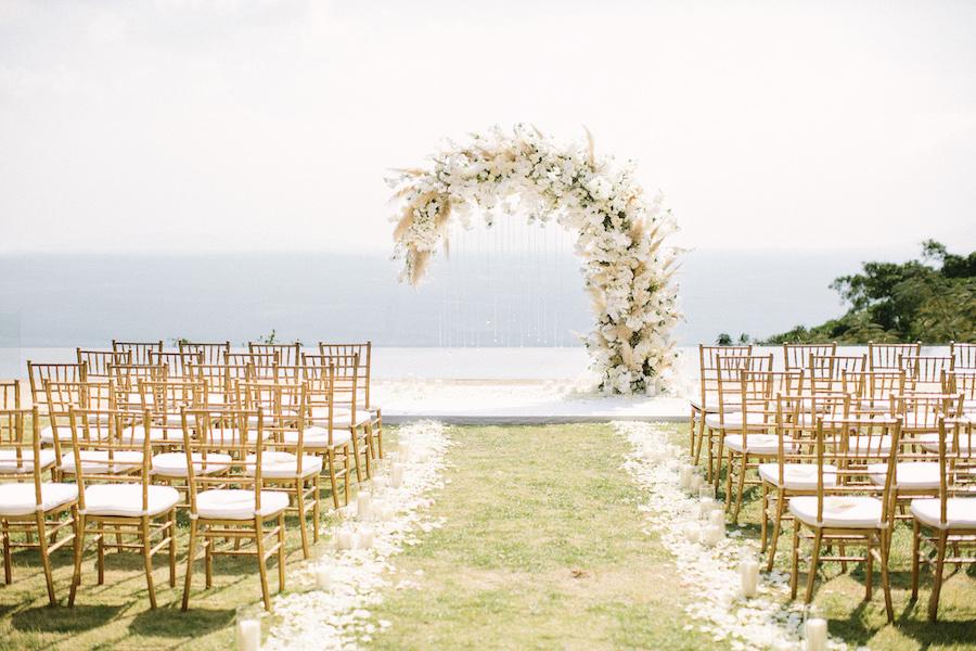 saya-photography-villa-aye-phuket-traditional-white-romantic-sea-view-57.jpg