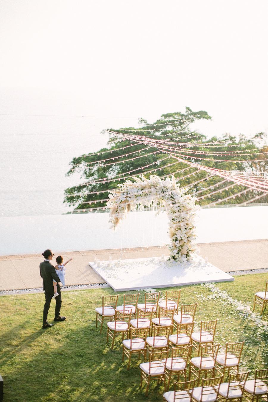 saya-photography-villa-aye-phuket-traditional-white-romantic-sea-view-137.jpg