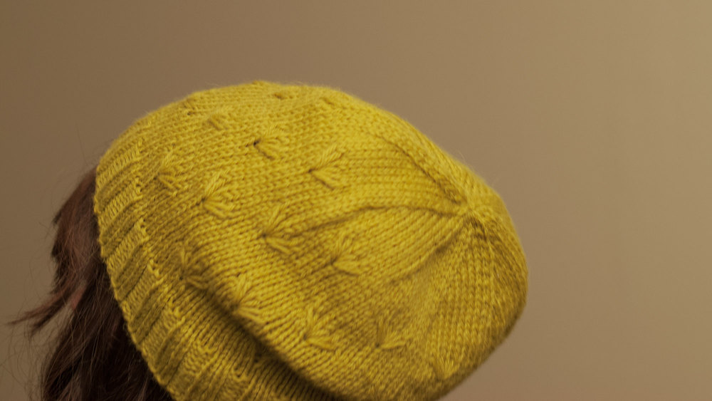 Bellis_Hat_03.jpg