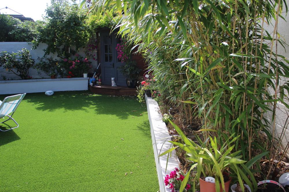 synthetic garden grass