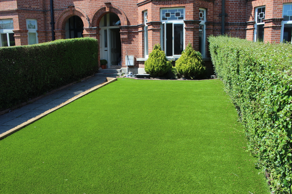 front Garden in Synthetic Grass