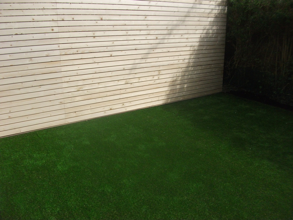 TigerTurf and Bespoke screen