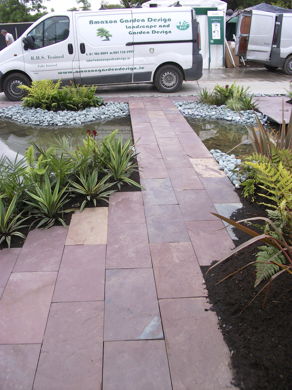 Amazon bloom garden indian Plum slate.jpg