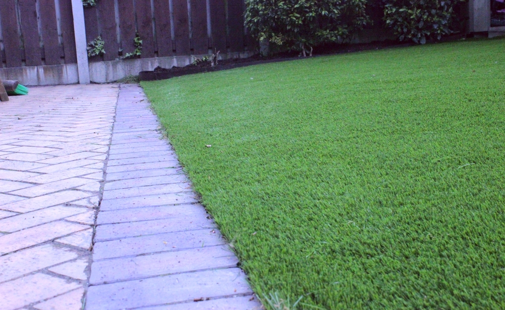 artificial grass in garden