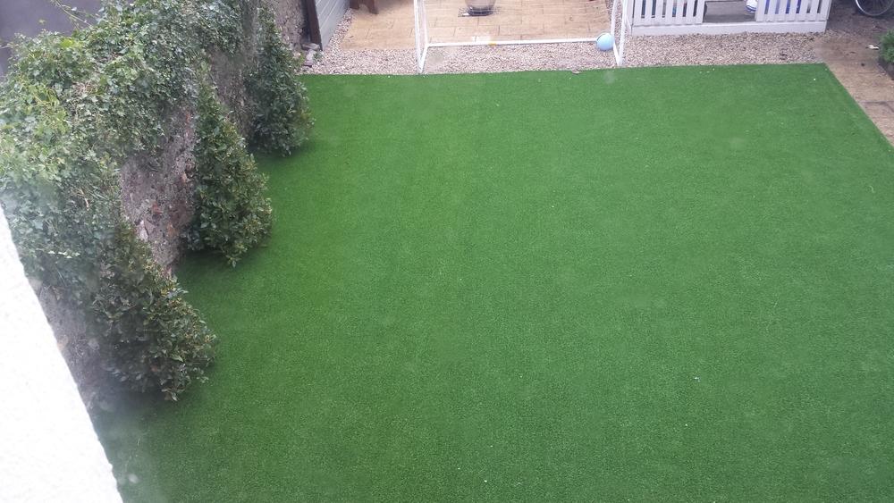 Artificial Grass in winter