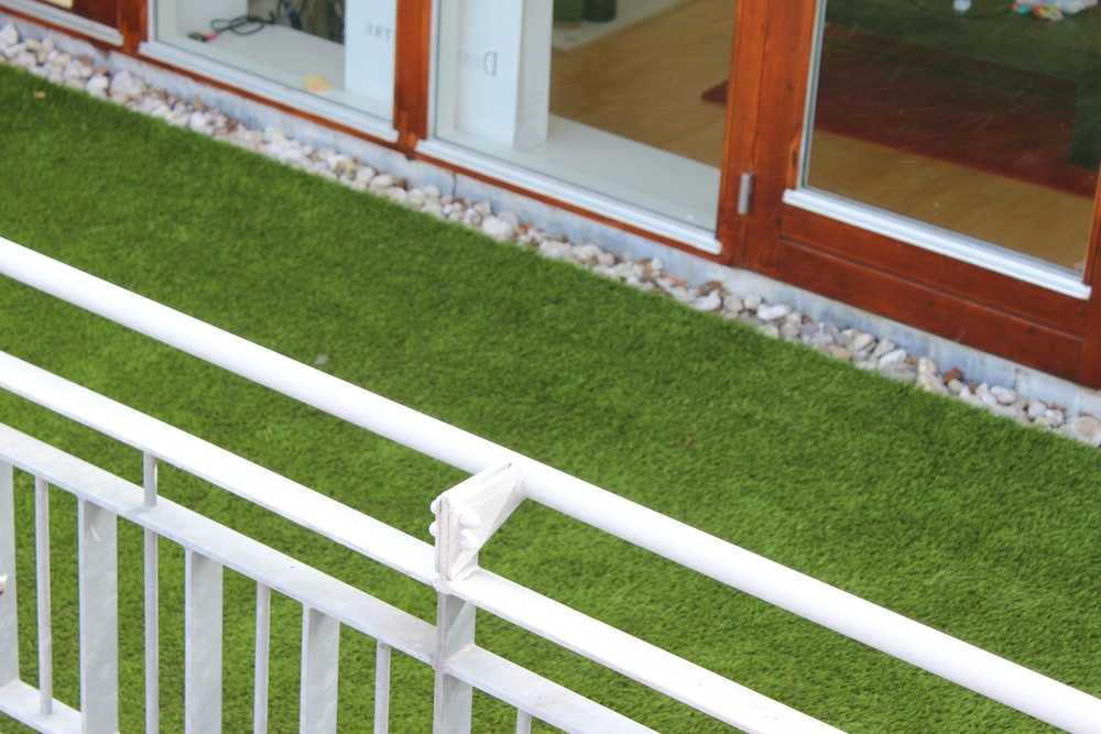 TigerTurf Finesse installed on balcony.jpg