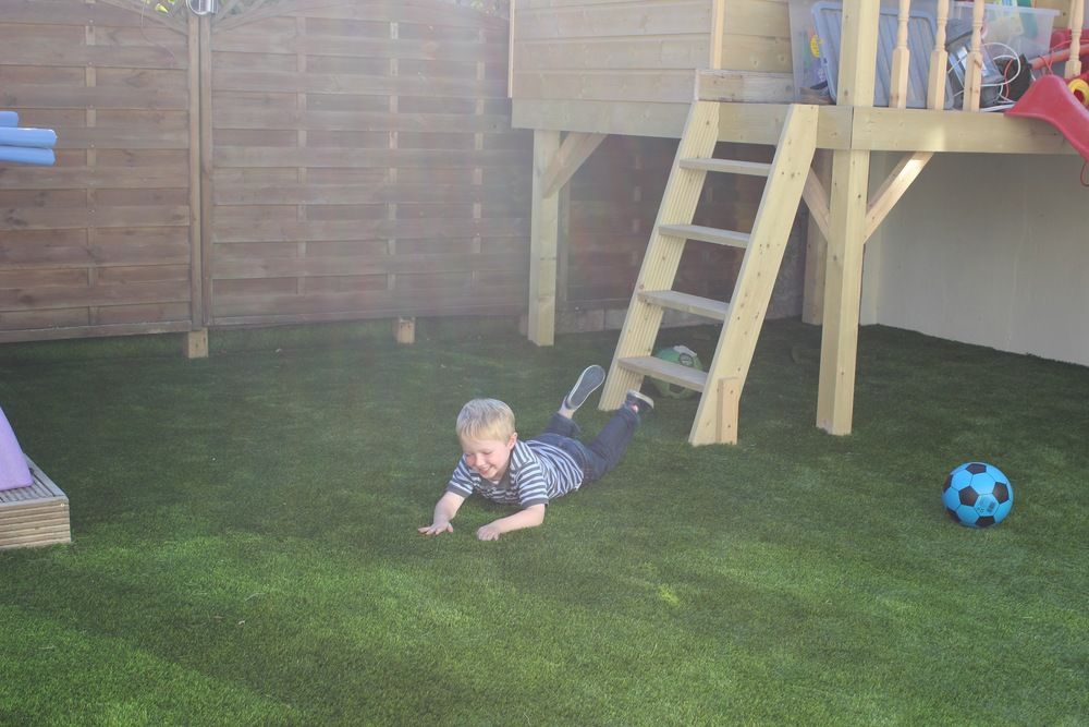 artificial astroturf lawn