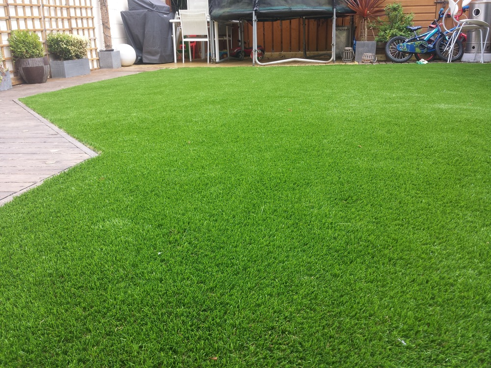 TigerTurf artificial lawn in Dublin Family garden Malahide