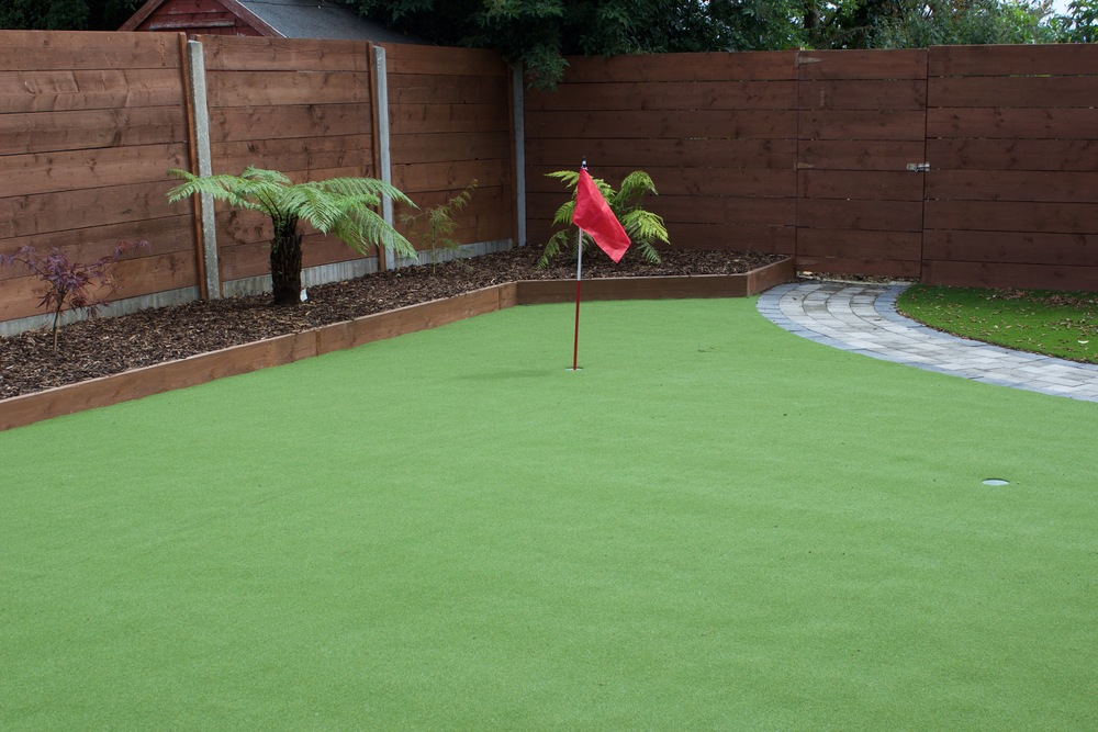 golf putting Green Garden