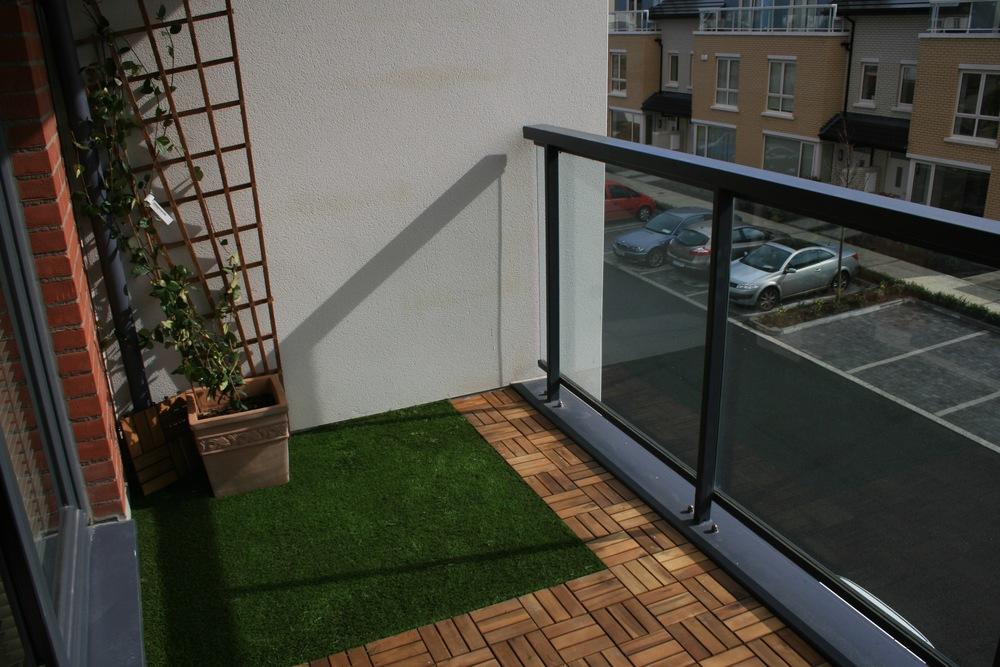 TigerTurf artificial grass on balcony
