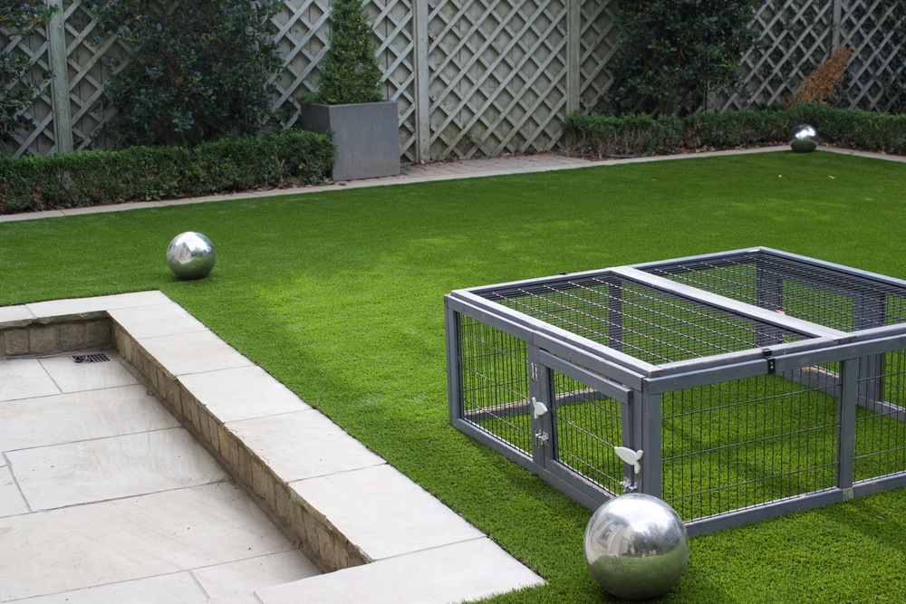 Garden Design featuring artificial grass