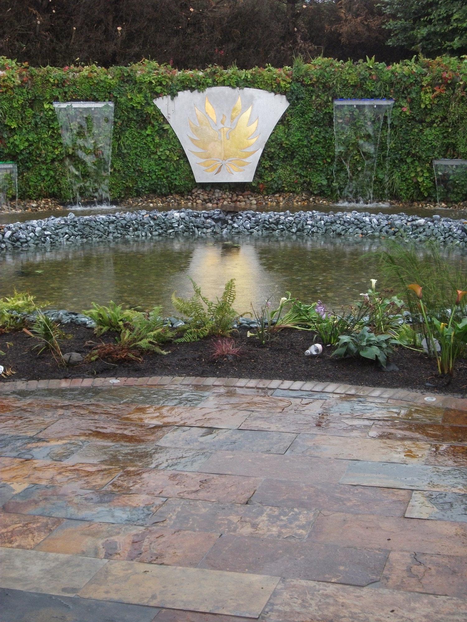 uk features for ideassmall feature small garden co satuska water ideas
