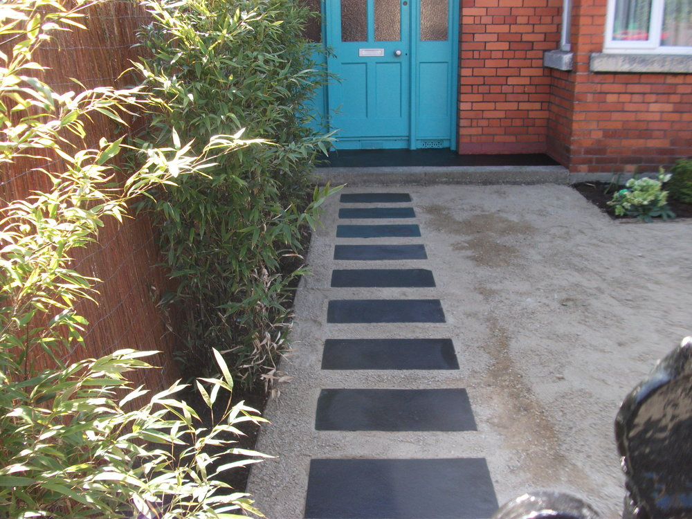 garden path to door.jpg
