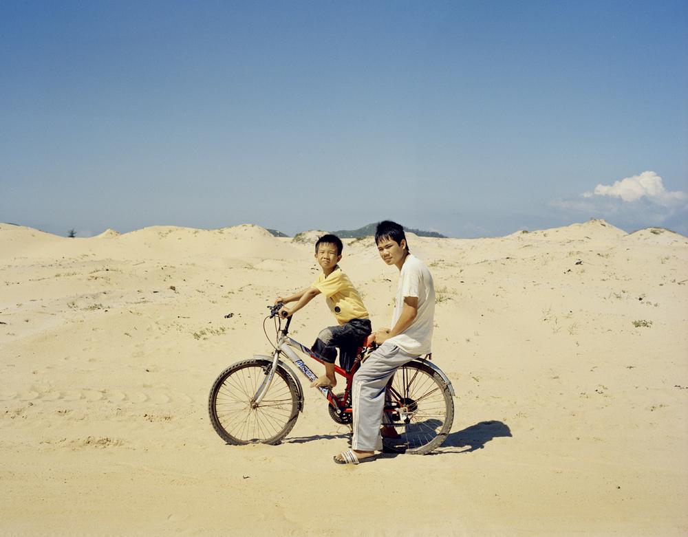 desert_children_1.jpg