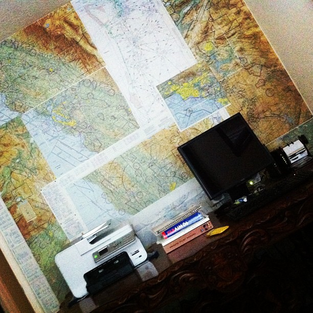 flight-charts-office-wall-paper