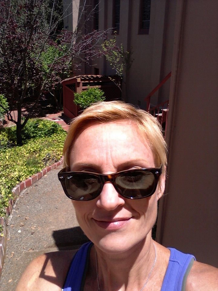 roz-selfie
