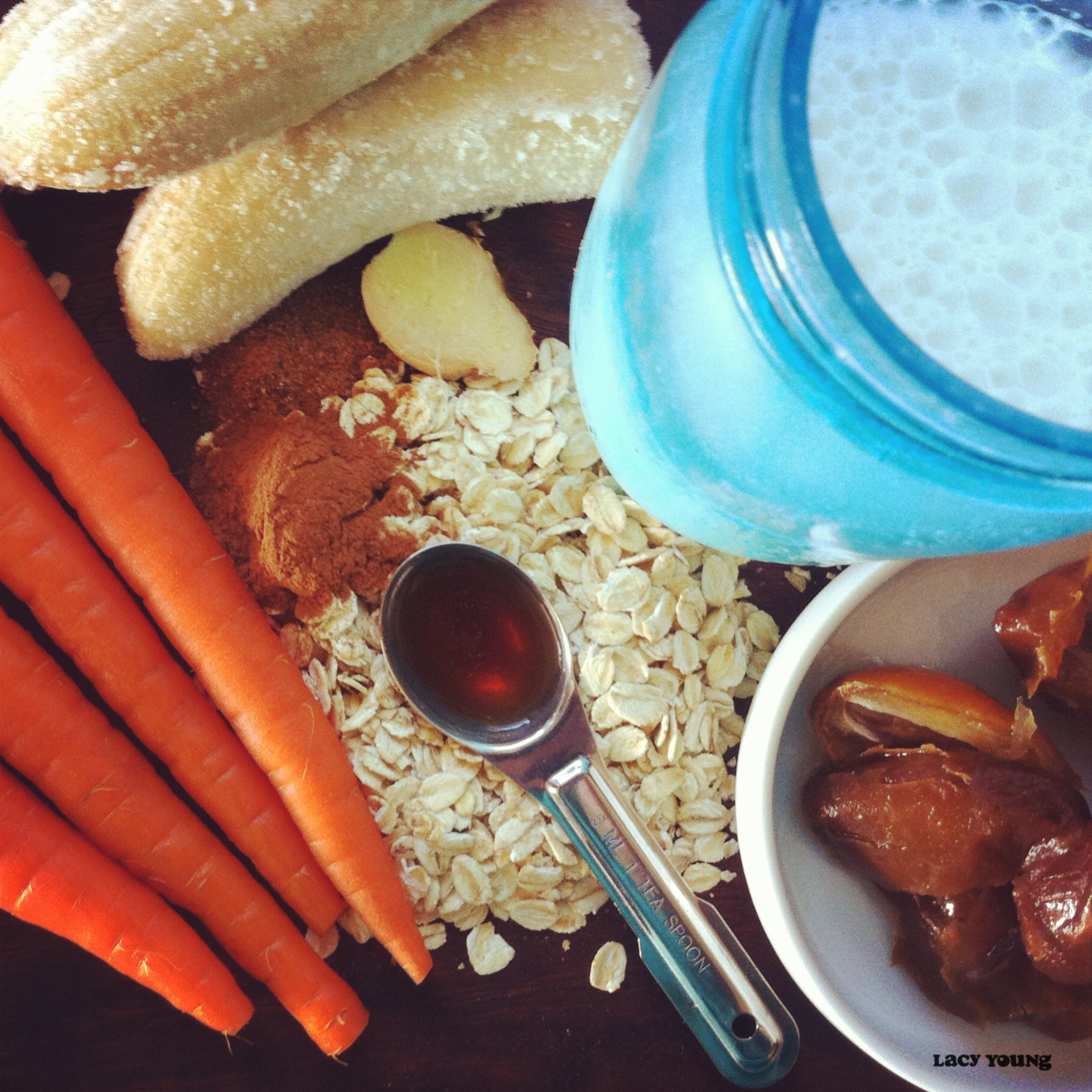 lacy young carrot cake smoothie ingrediants